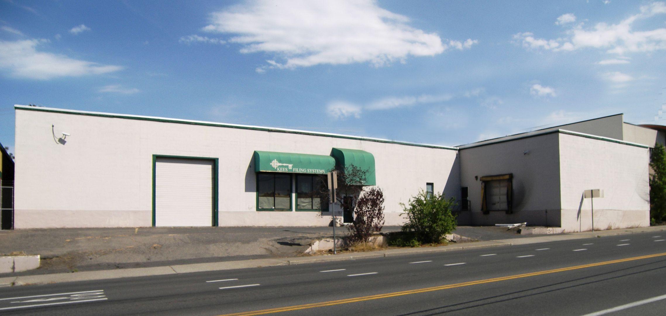 323 S Sherman St Property Photo