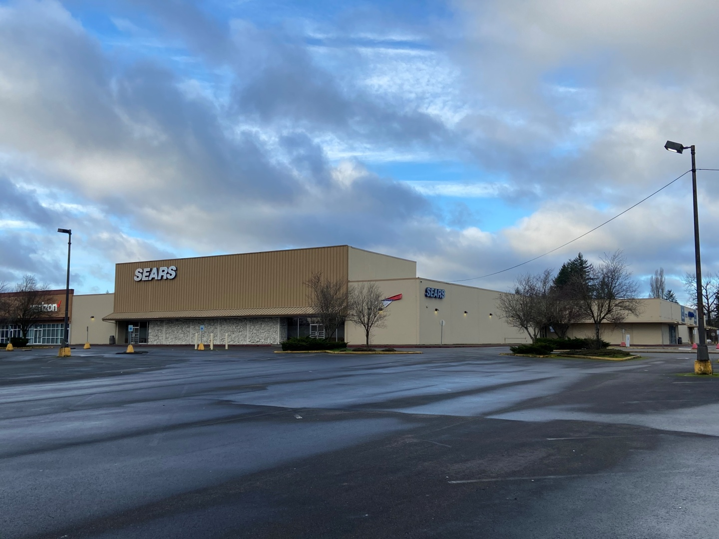 651 Sleater Kinney Rd SE Property Photo - Lacey, WA real estate listing