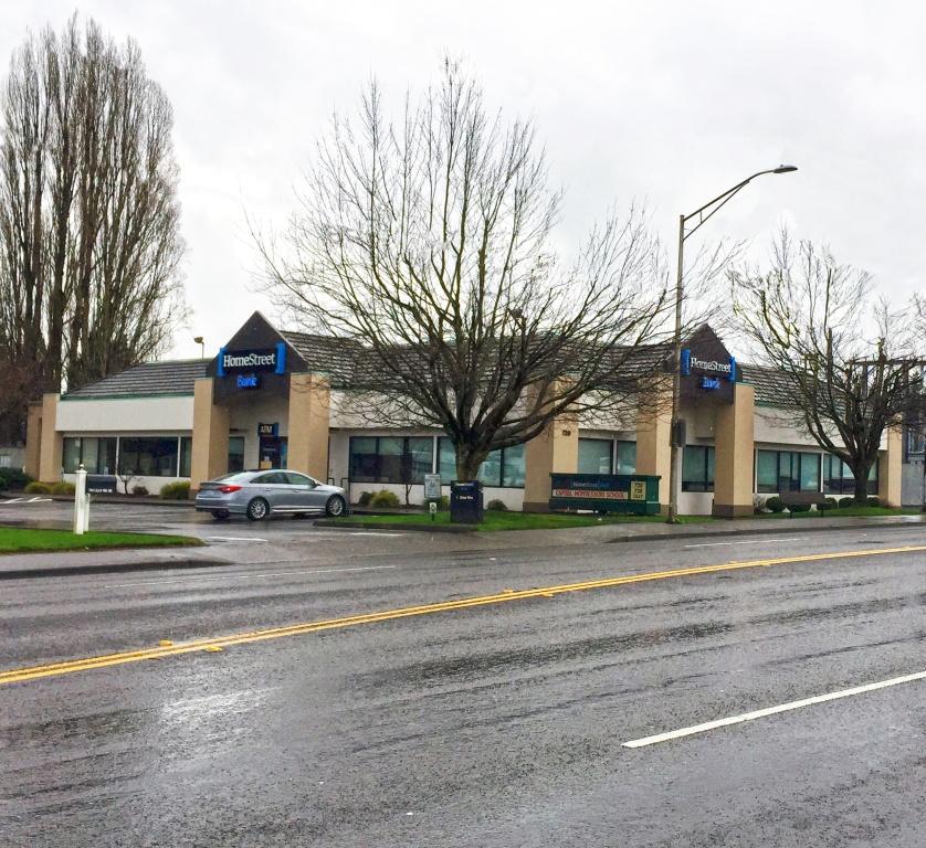 720 Lilly Rd Se Property Photo