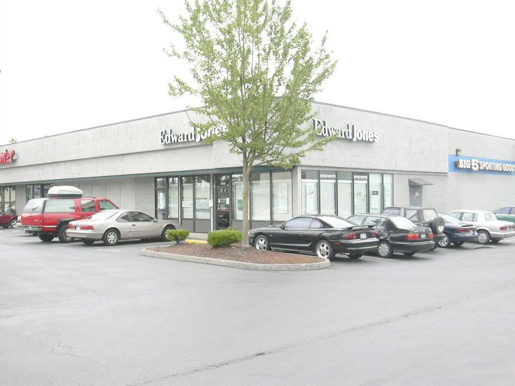 1201 SE Everett Mall Way Property Photo - Everett, WA real estate listing