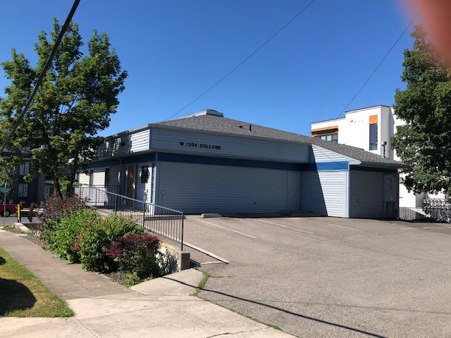 1304 W College Property Photo