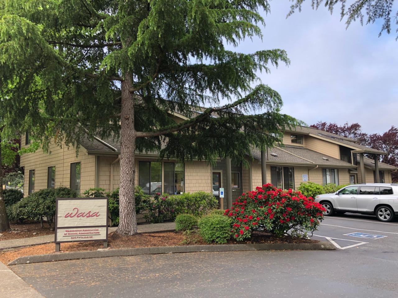 825 5th Ave Se Property Photo
