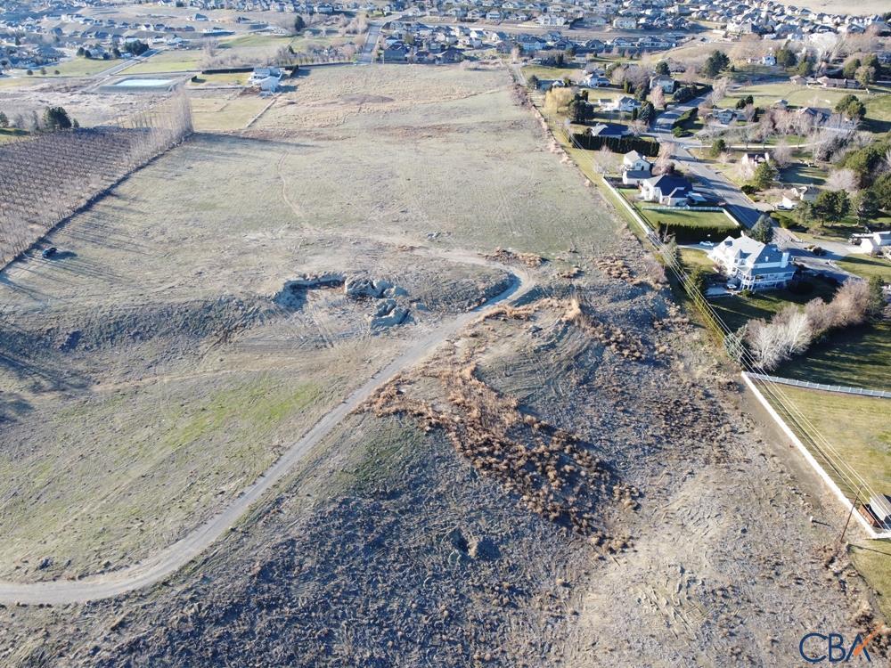 2155 Keene Rd Property Photo