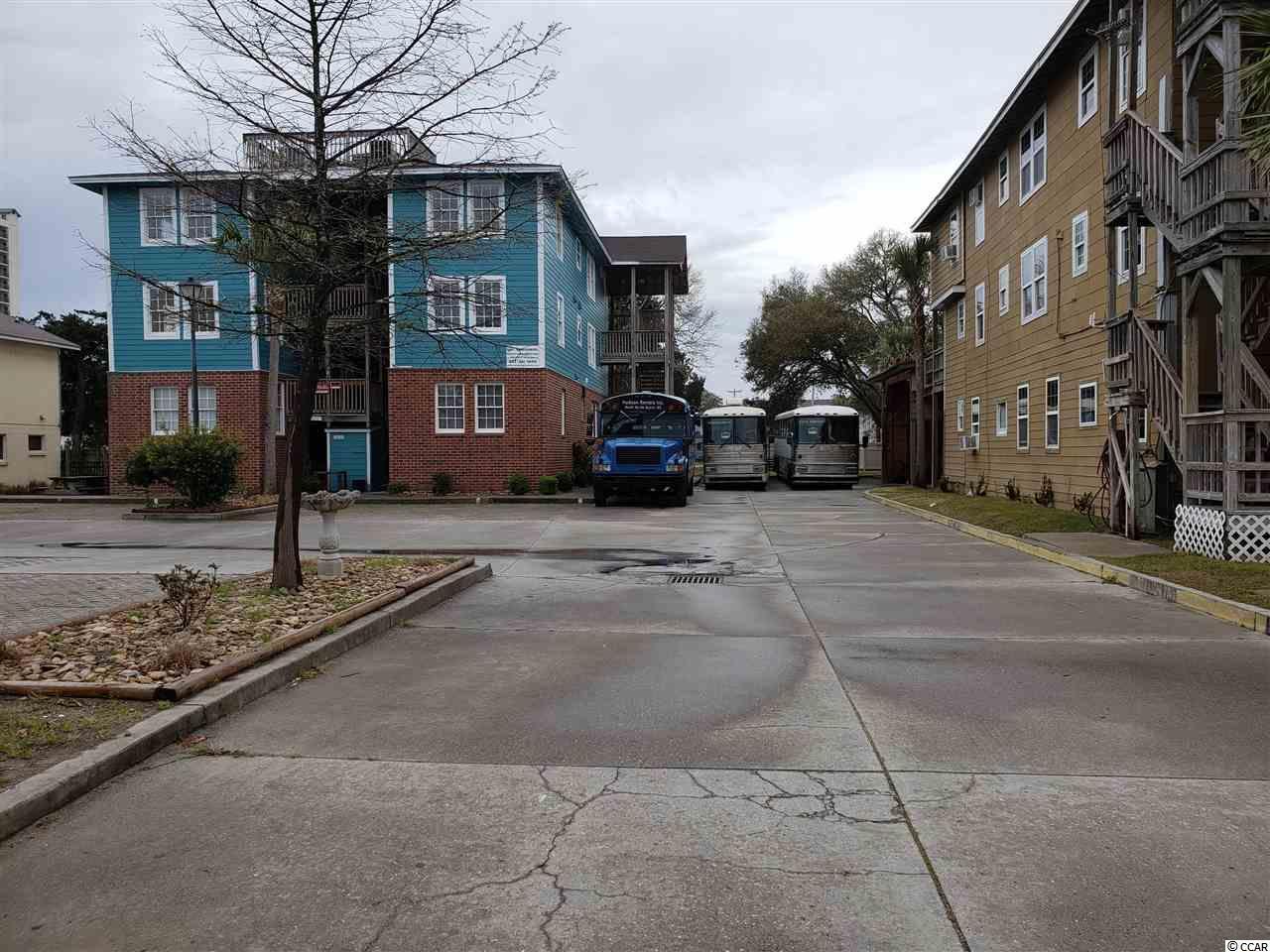211-213-215 1st Ave. S Property Photo 2