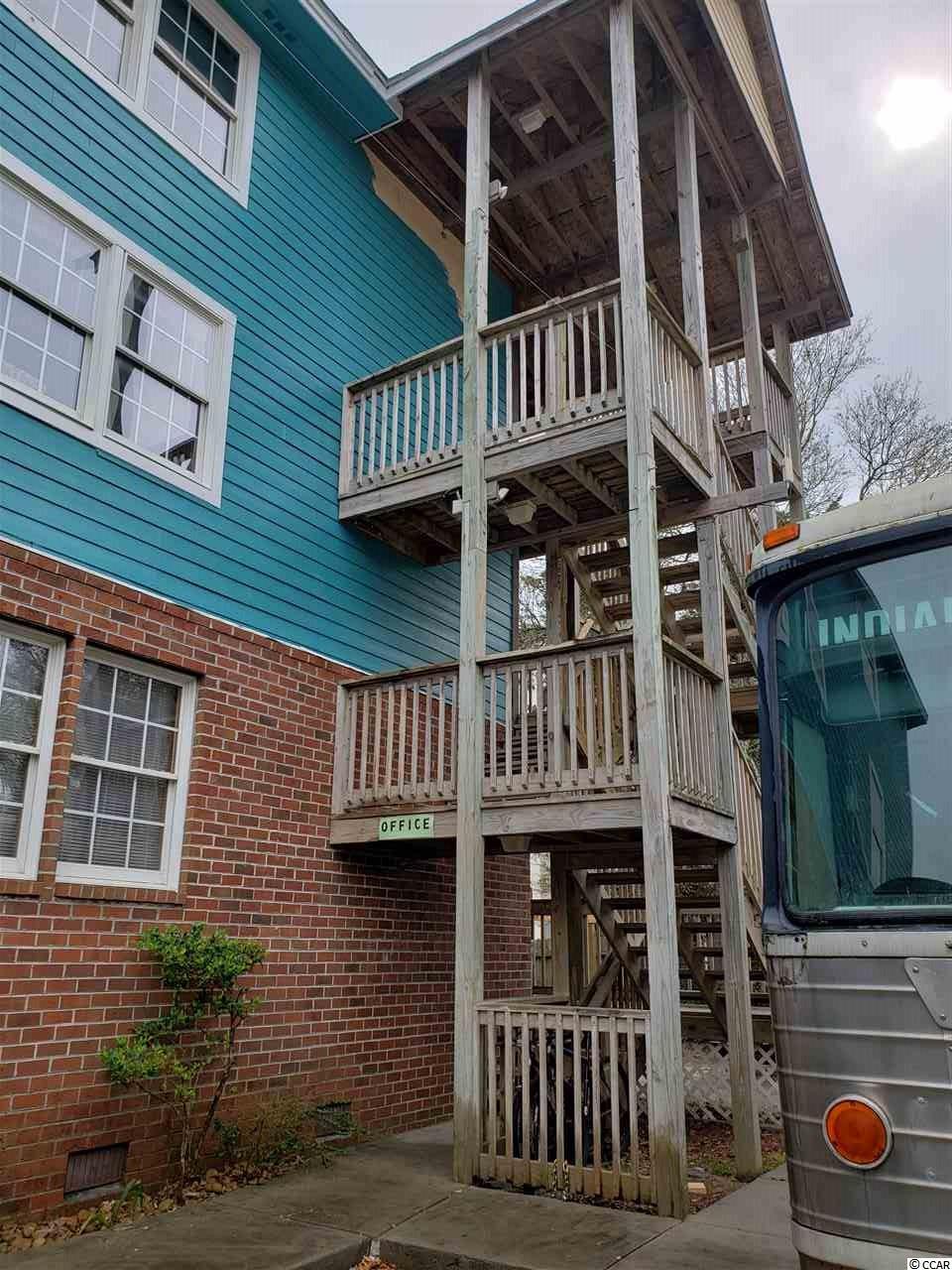 211-213-215 1st Ave. S Property Photo 5