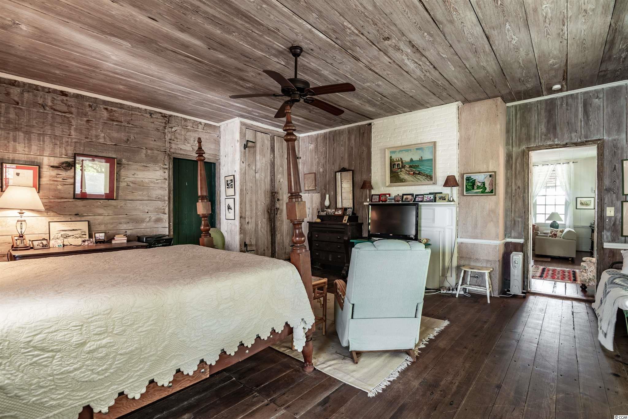 546 Myrtle Ave. Property Photo 17