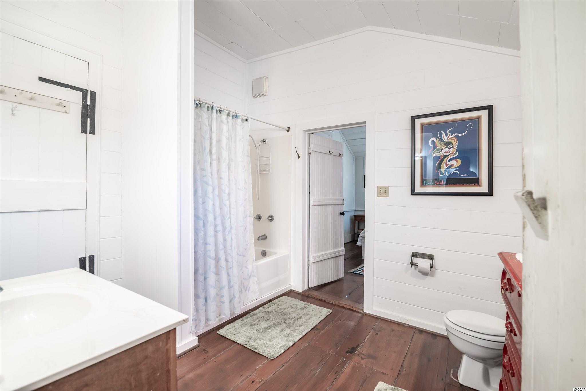 546 Myrtle Ave. Property Photo 18