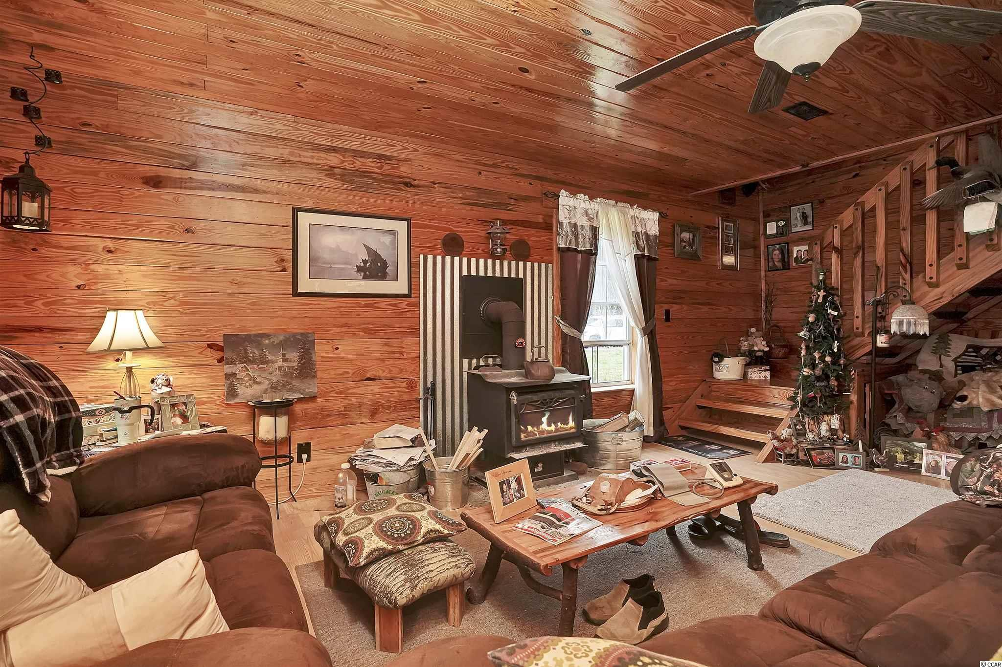 5728 Chester Ln. Property Photo 10