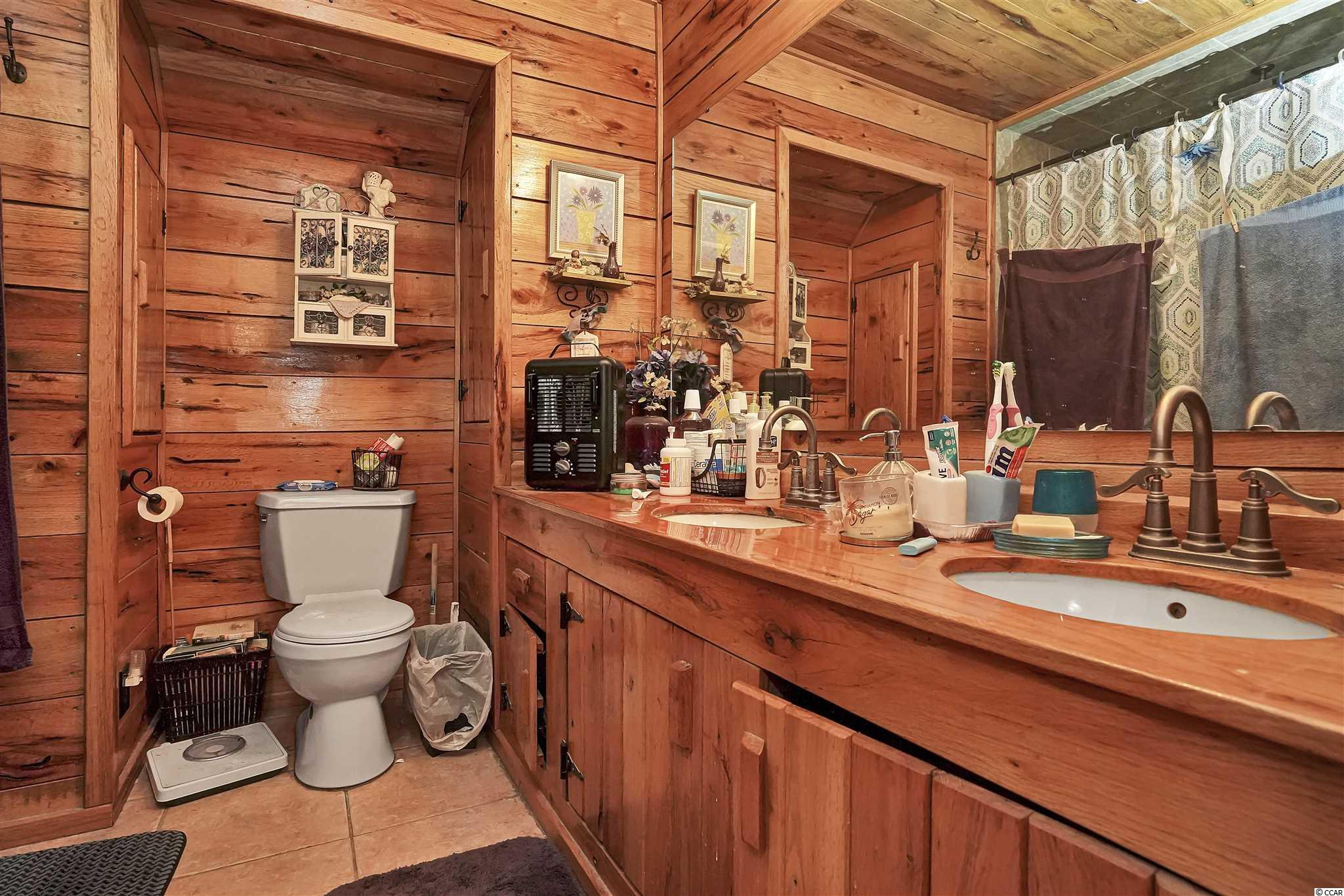 5728 Chester Ln. Property Photo 22