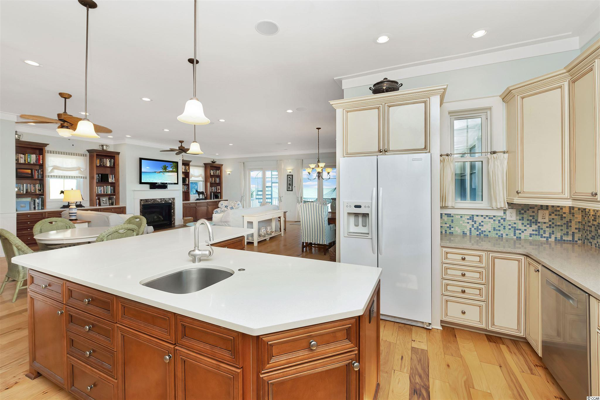 296 Atlantic Ave. Property Photo 8