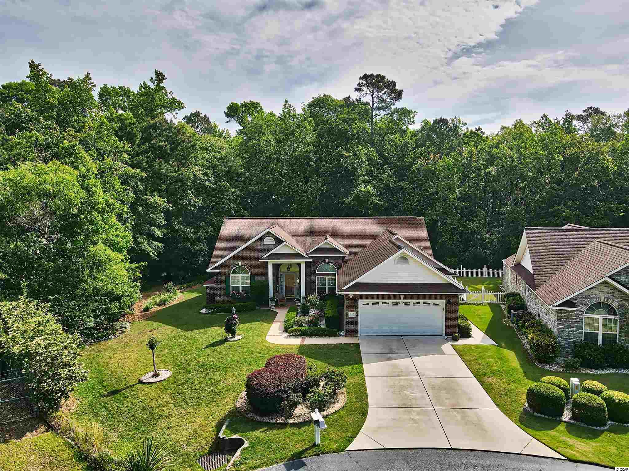 652 Charter Dr. Property Photo 1