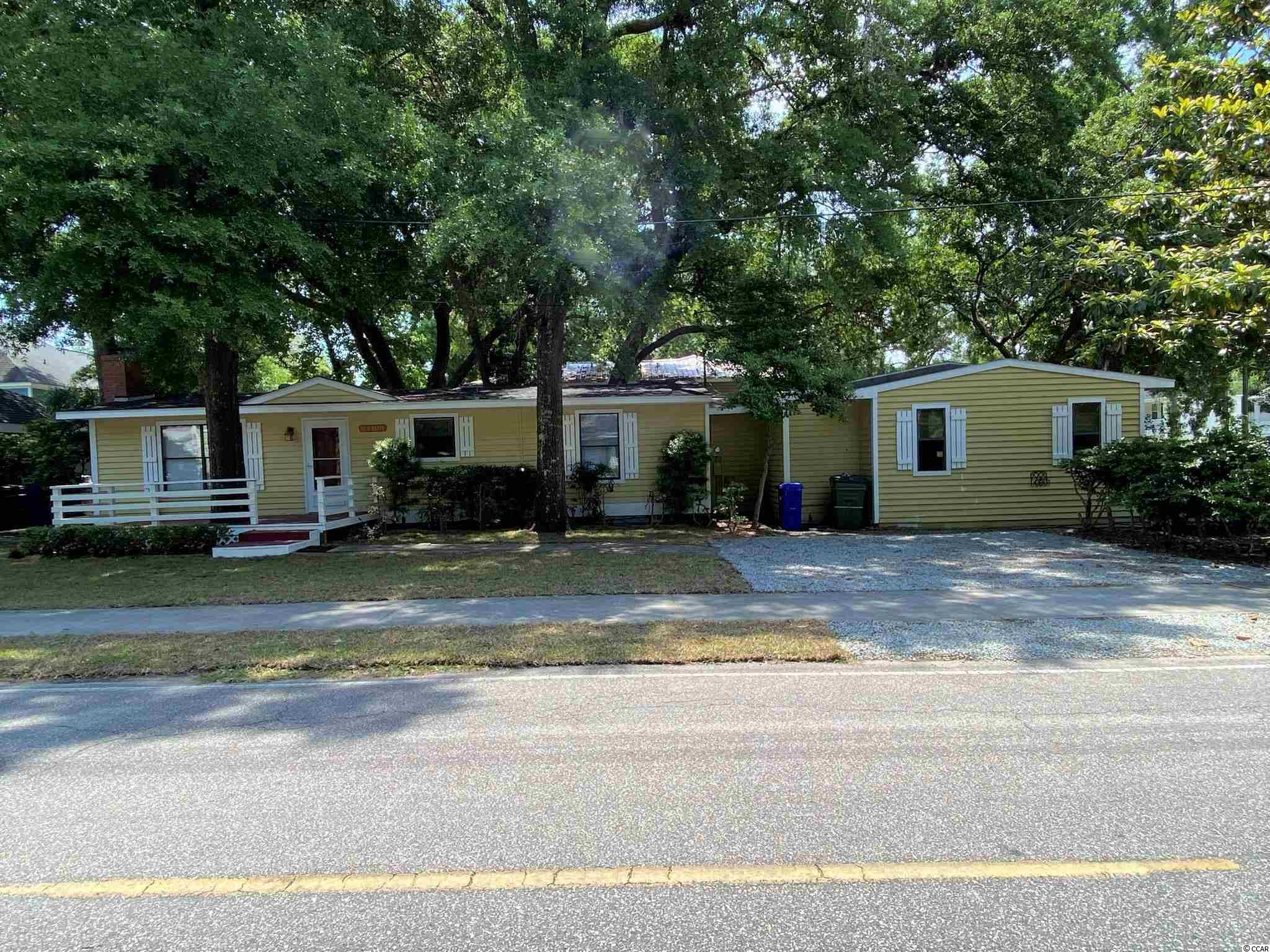 111 N Hollywood Dr. Property Photo 1