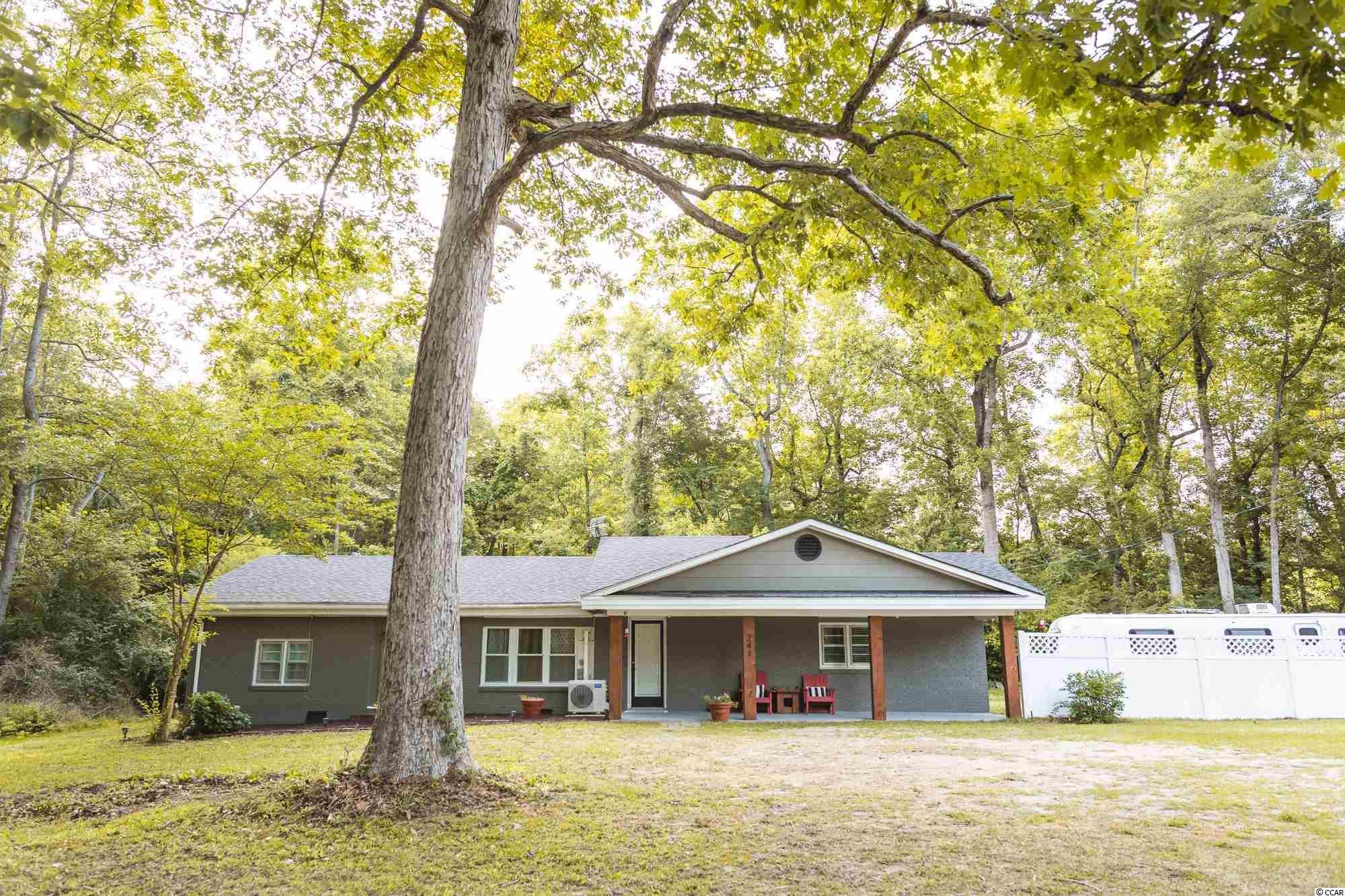 241 W Pine St. Property Photo 1