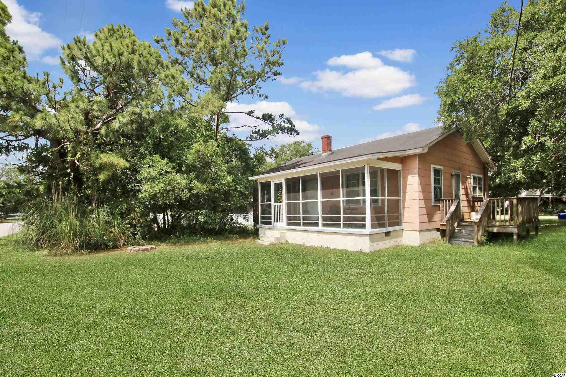 20 N Pinewood Dr. Property Photo
