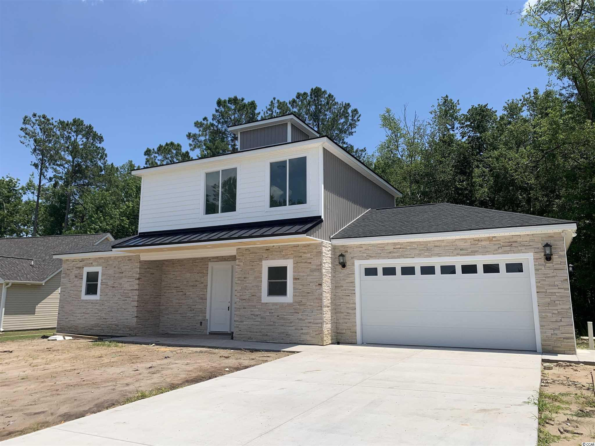 200 Winding Path Dr. Property Photo 1