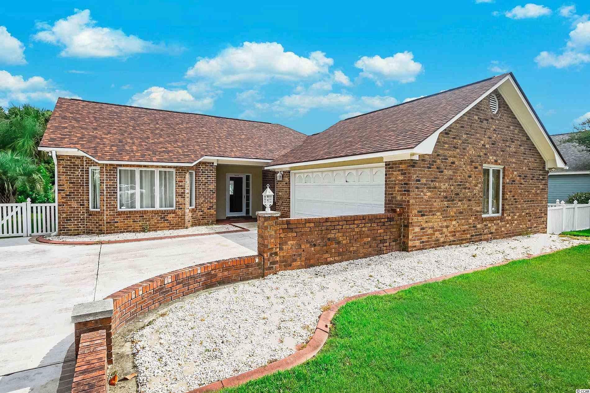 3940 Lochview Dr. Property Photo