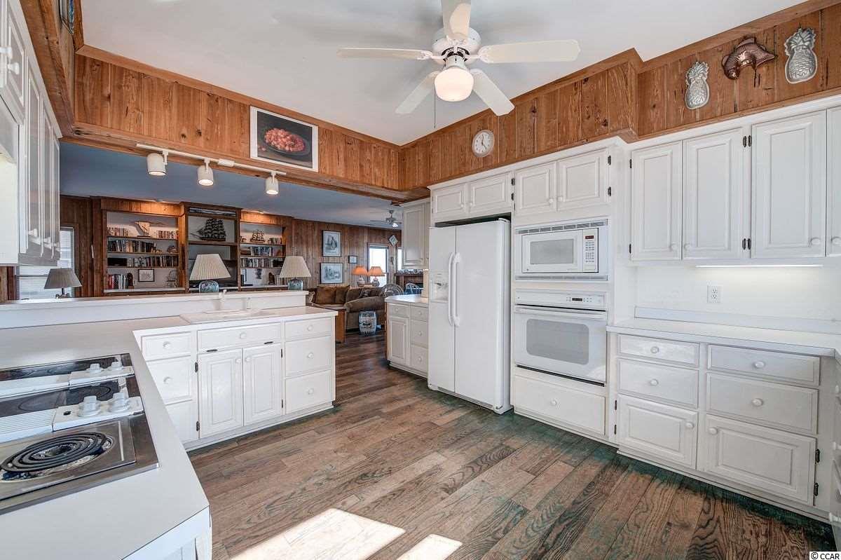 468 Myrtle Ave. Property Photo 9