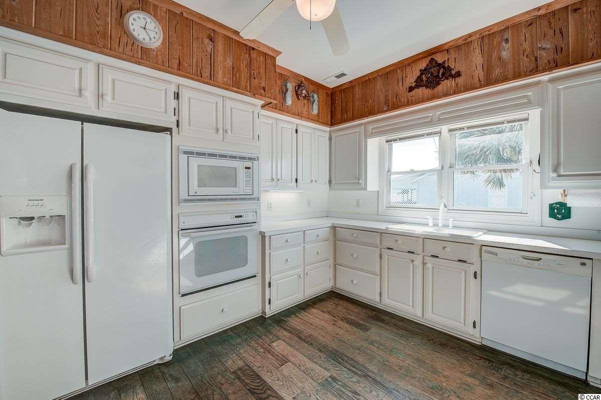 468 Myrtle Ave. Property Photo 10