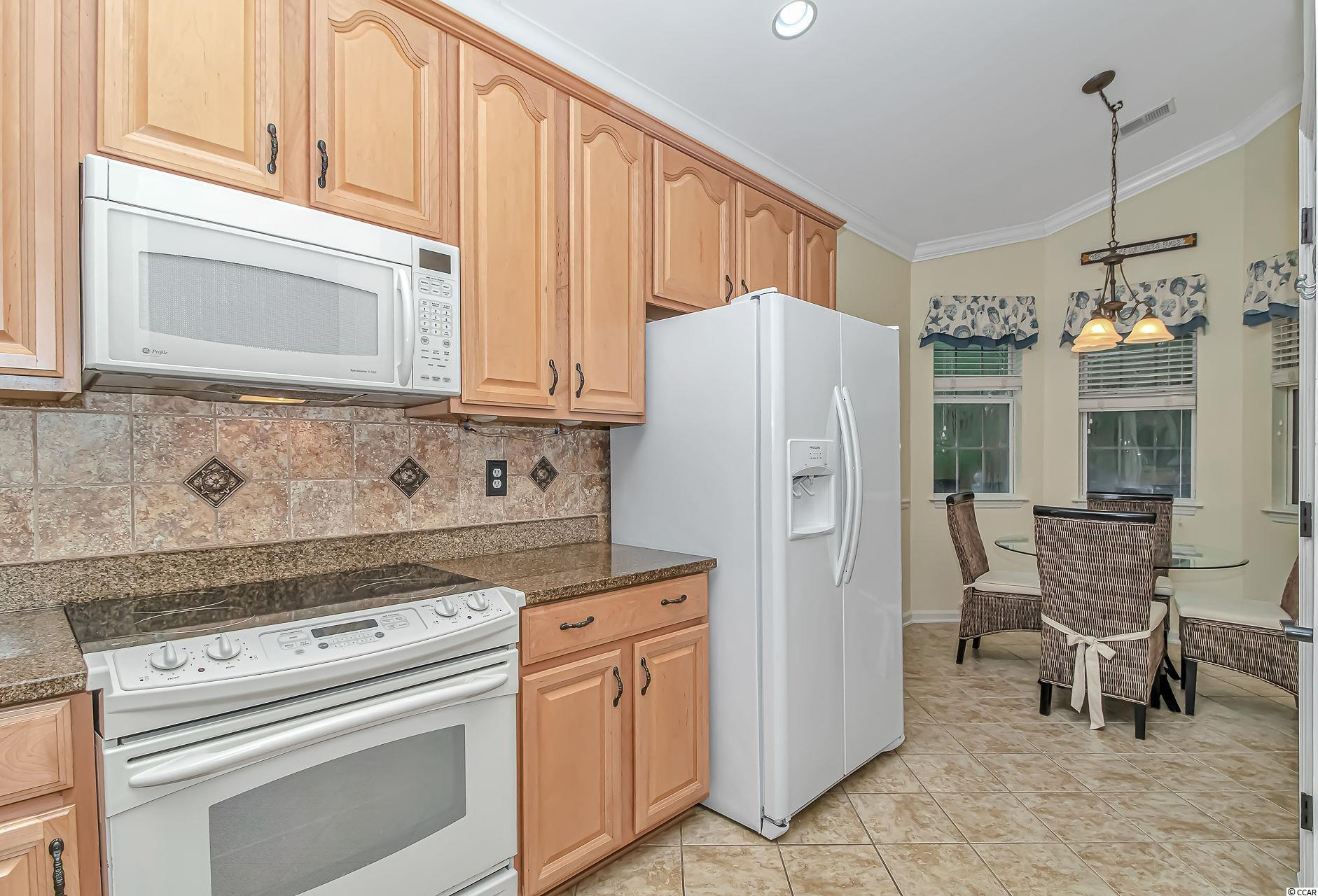 862 Laquinta Loop Property Photo 9