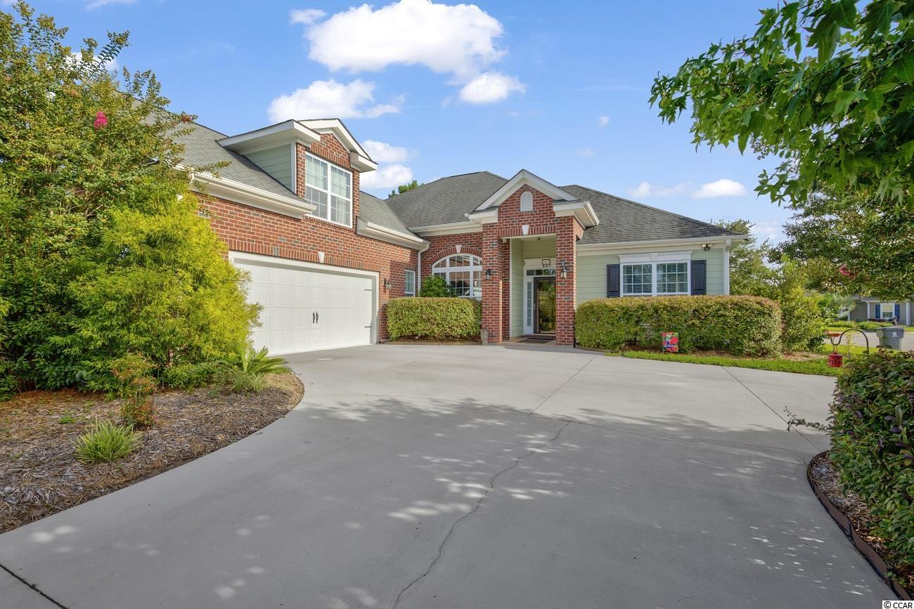687 Uniola Dr. Property Photo