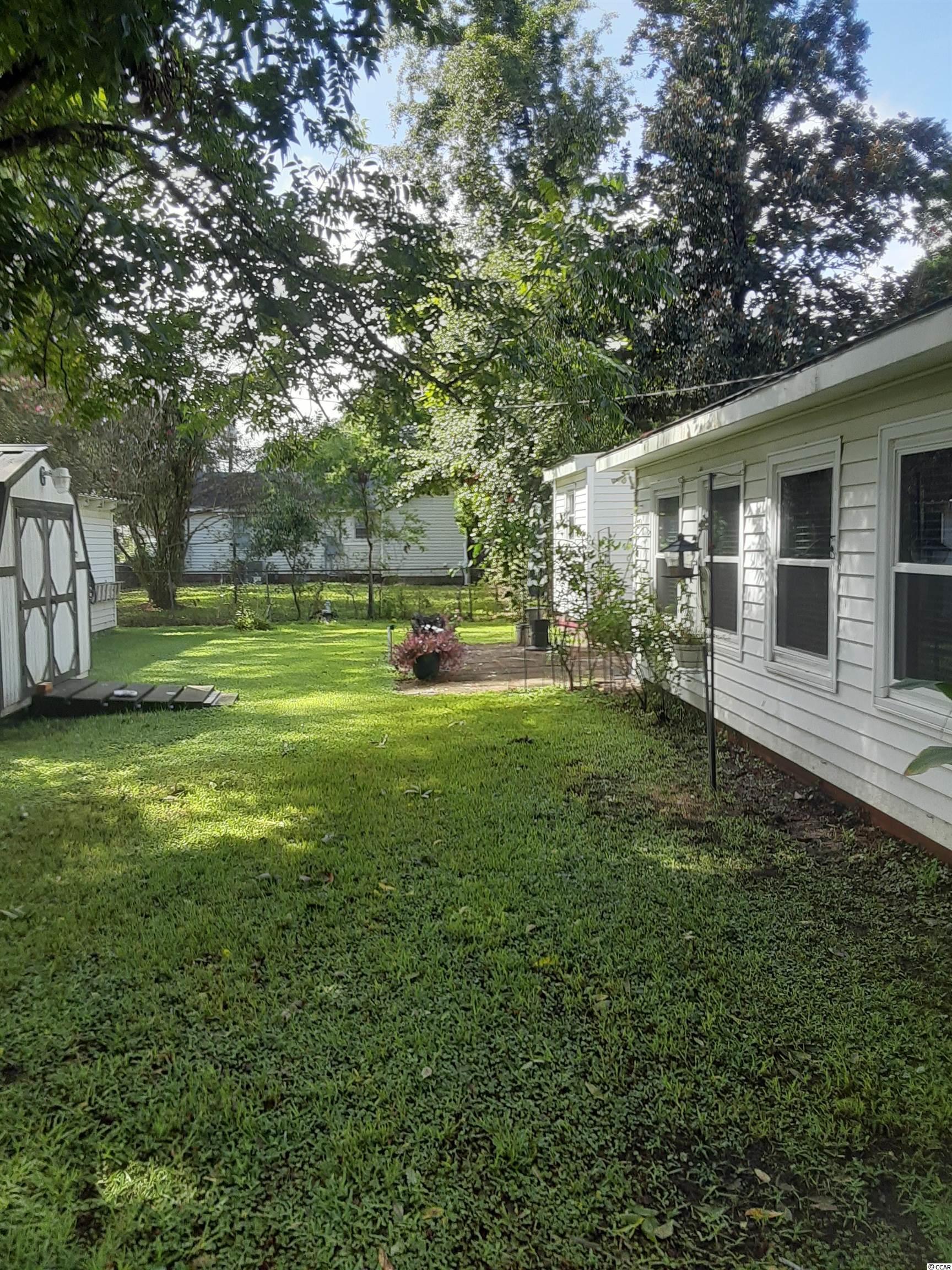 421 Glenwood St. Property Photo 3