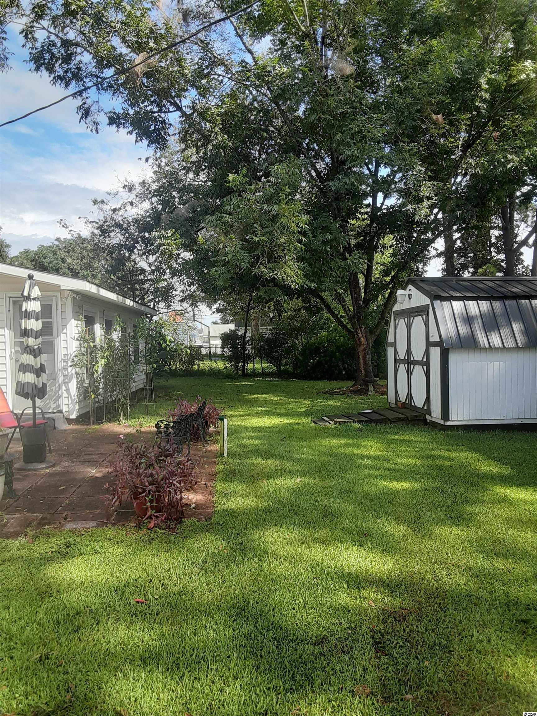 421 Glenwood St. Property Photo 6