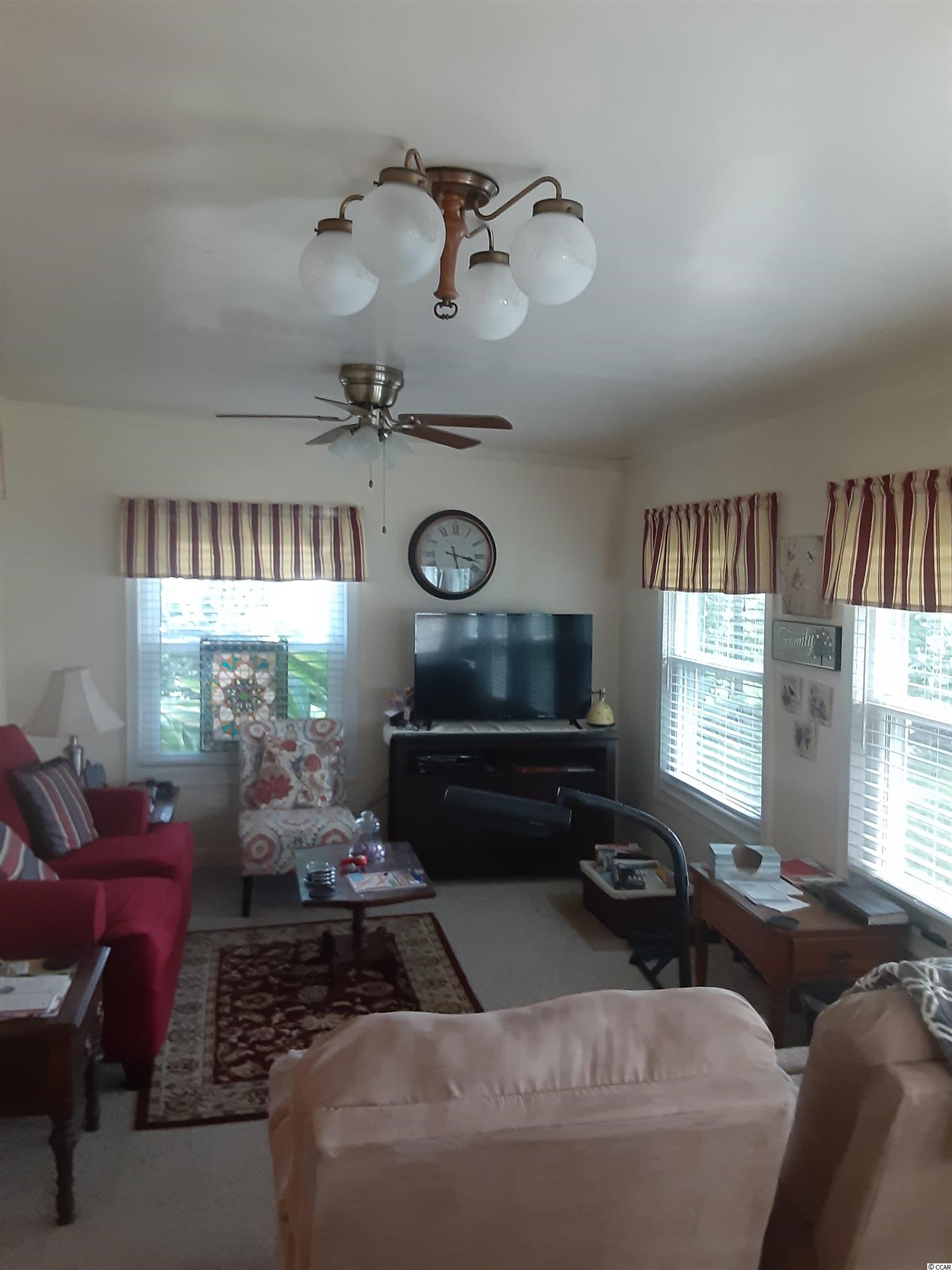 421 Glenwood St. Property Photo 12