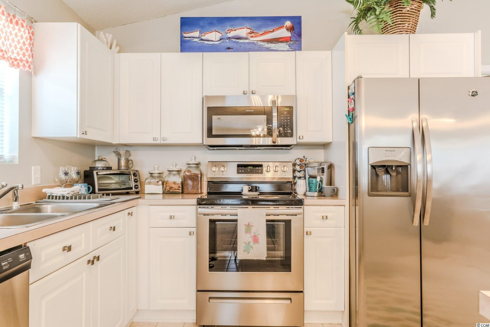 9915 Largo Ct. Property Photo 9