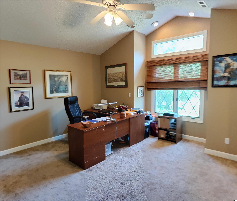 3800 River Hills Dr. Property Photo 12