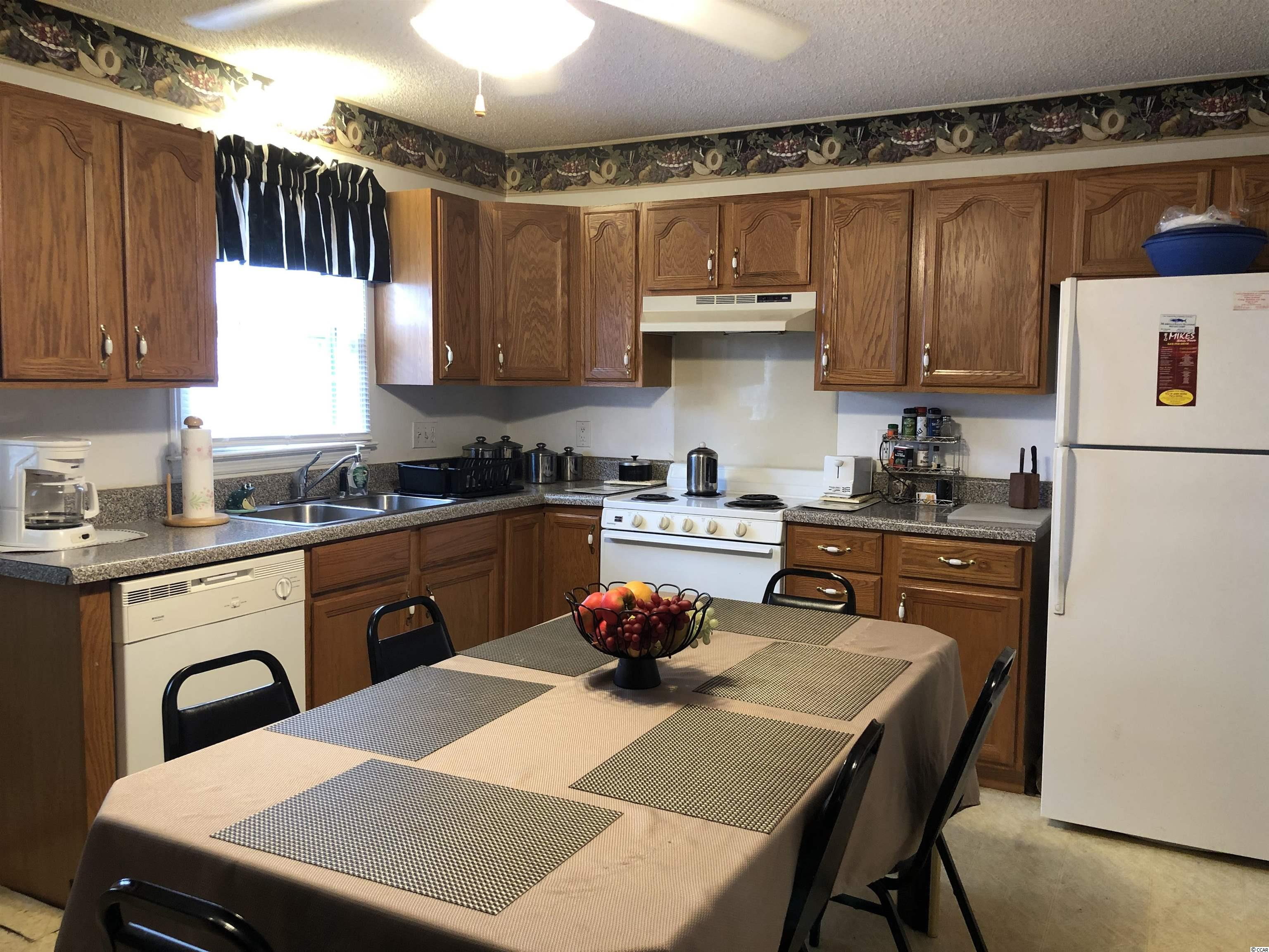 306 Cedar St. Property Photo 11