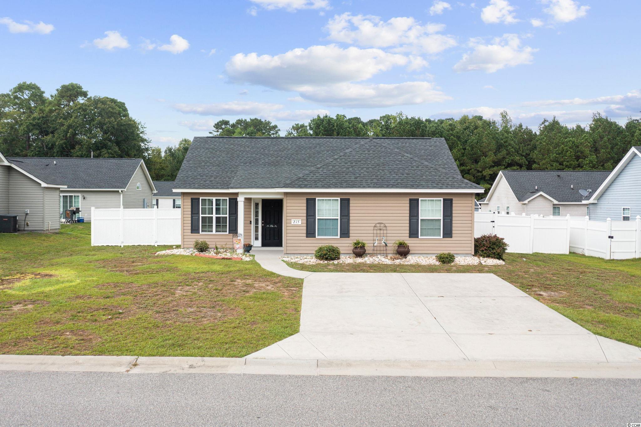 215 Upper Saddle Circle Property Photo