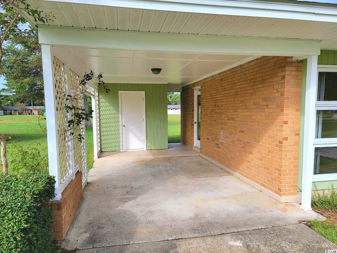 761 Walnut Ave. Property Photo 5