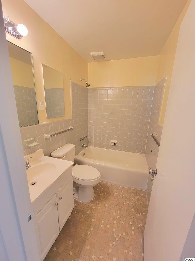 761 Walnut Ave. Property Photo 15