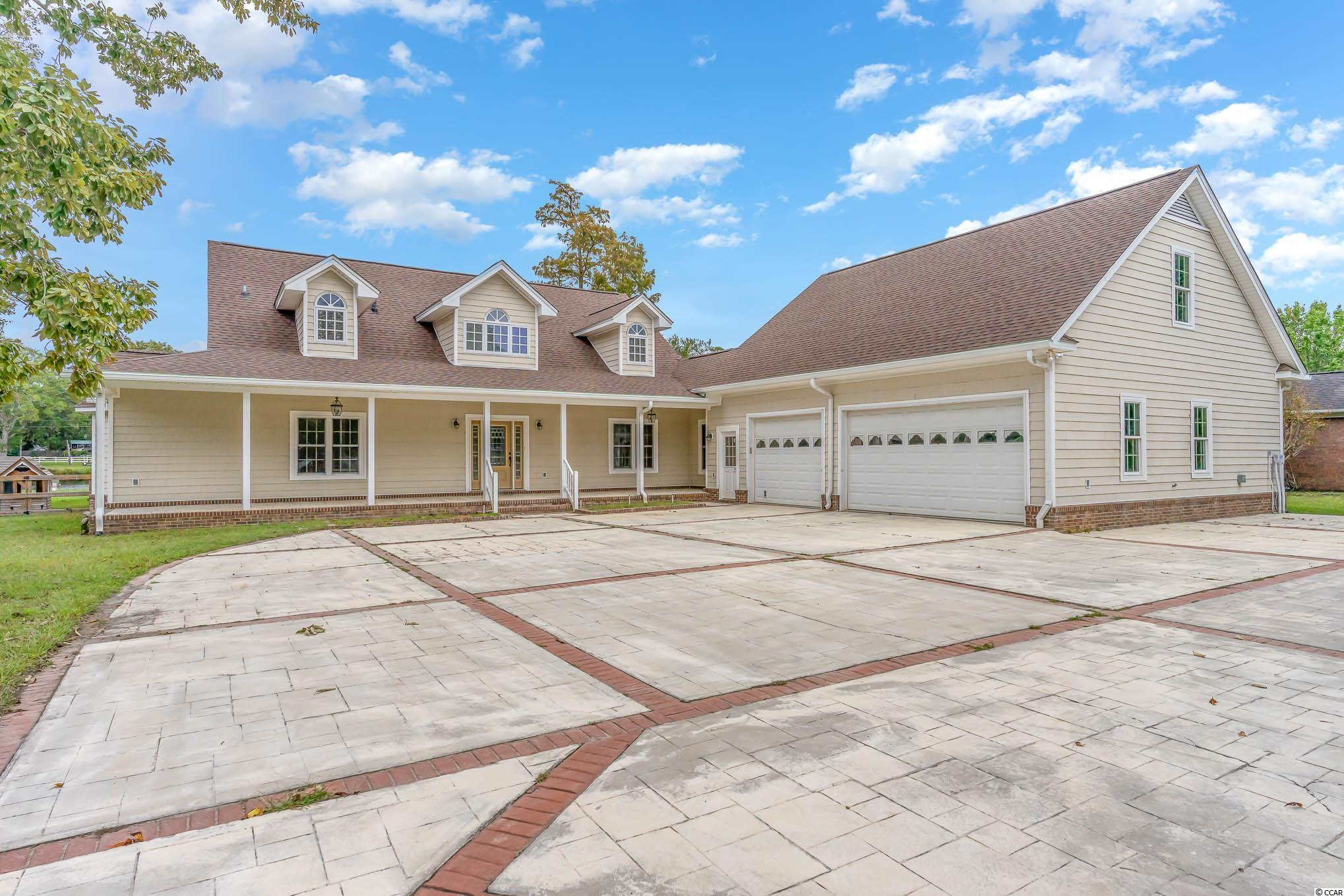 986 Folly Rd. Property Photo 1
