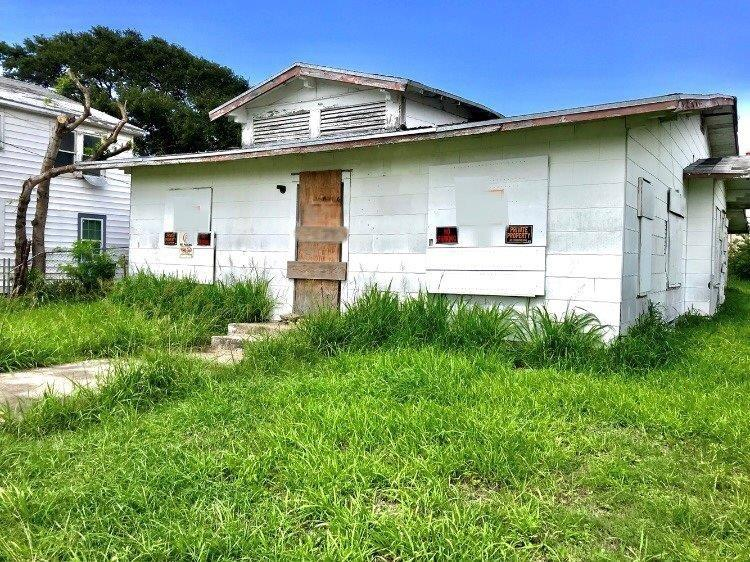 1218 2nd Street Property Photo - Corpus Christi, TX real estate listing