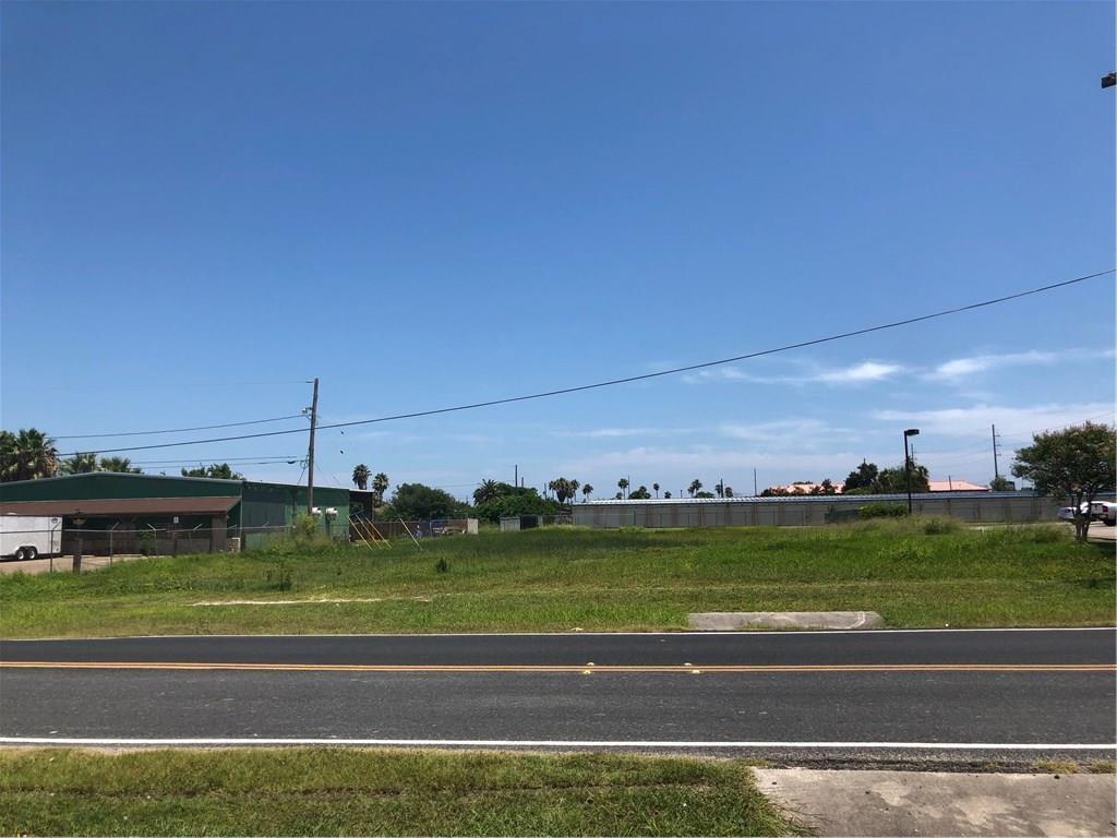 1017 Flour Bluff Drive Property Photo