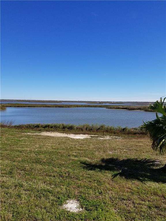 5 Southpointe Circle Property Photo - Rockport, TX real estate listing