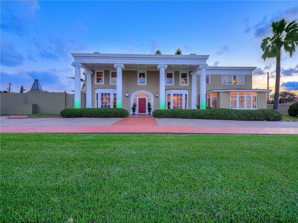 3801 Ocean Drive Property Photo