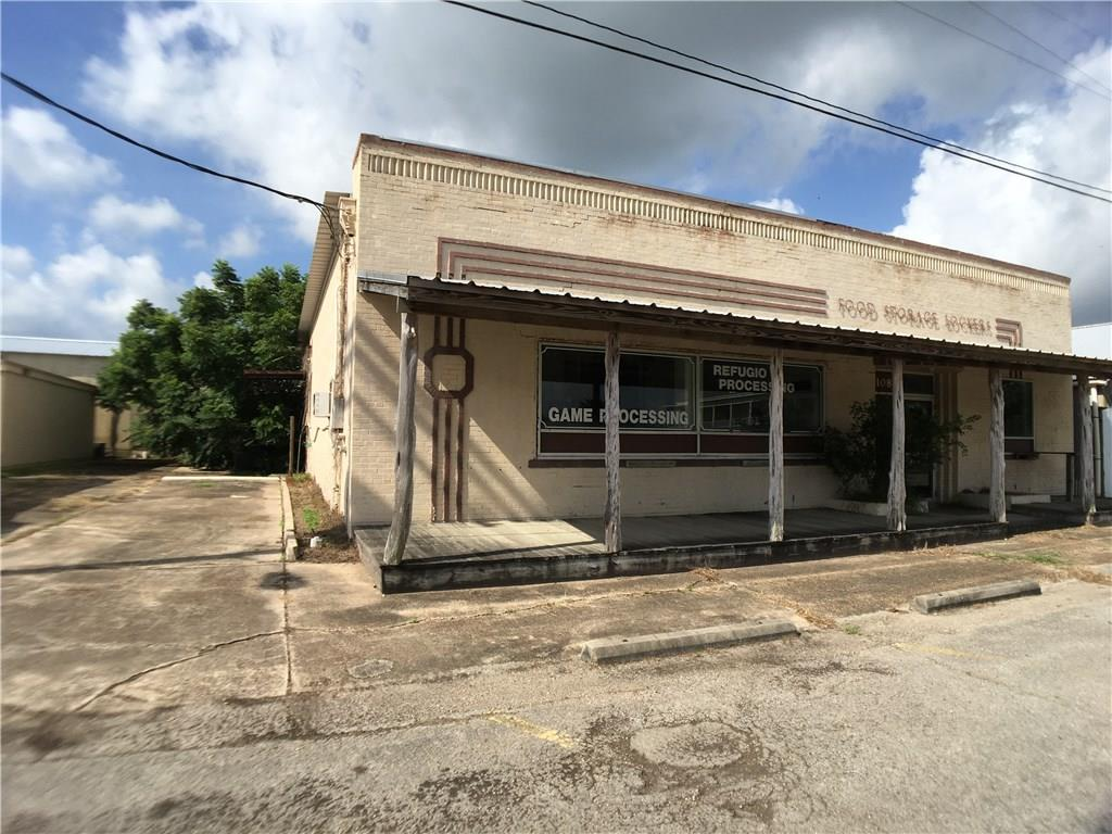 108 E Plasuela Street Property Photo - Refugio, TX real estate listing
