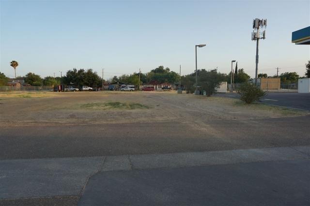 401 E Calton Road Property Photo