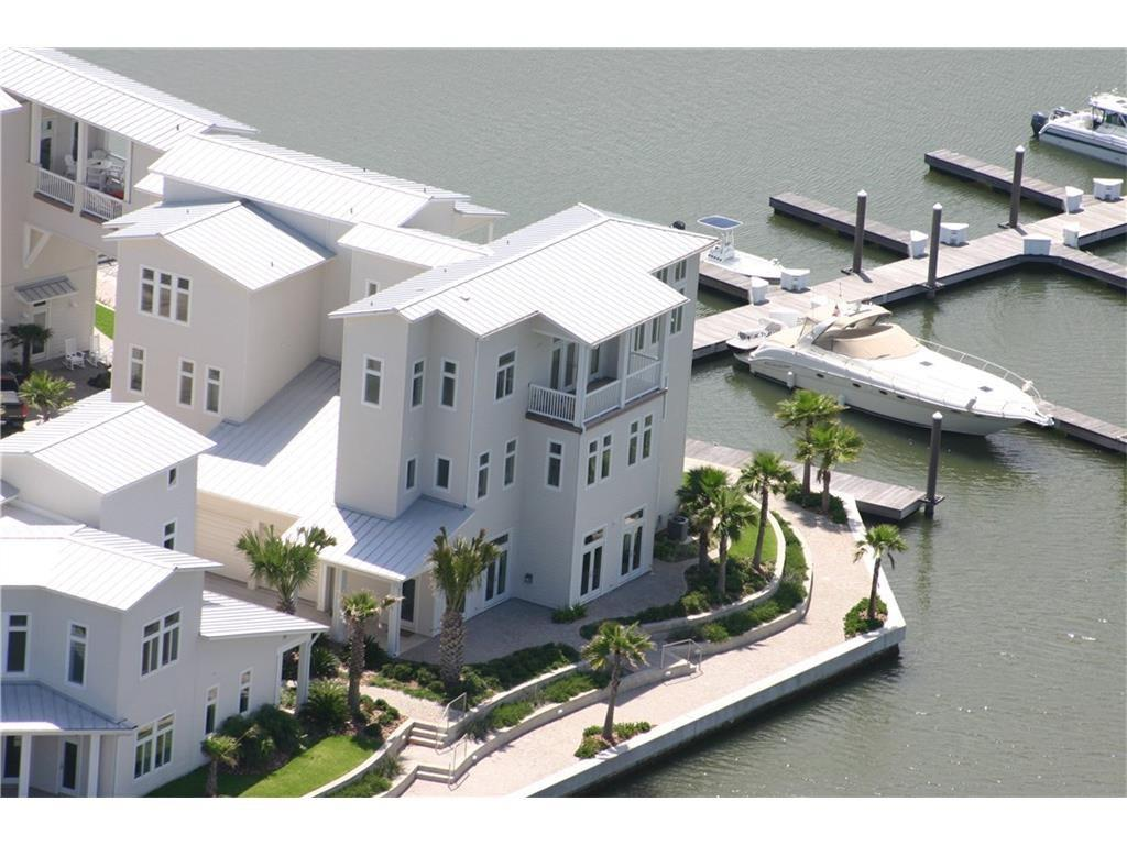 3700 Island Moorings Parkway #9 Property Photo