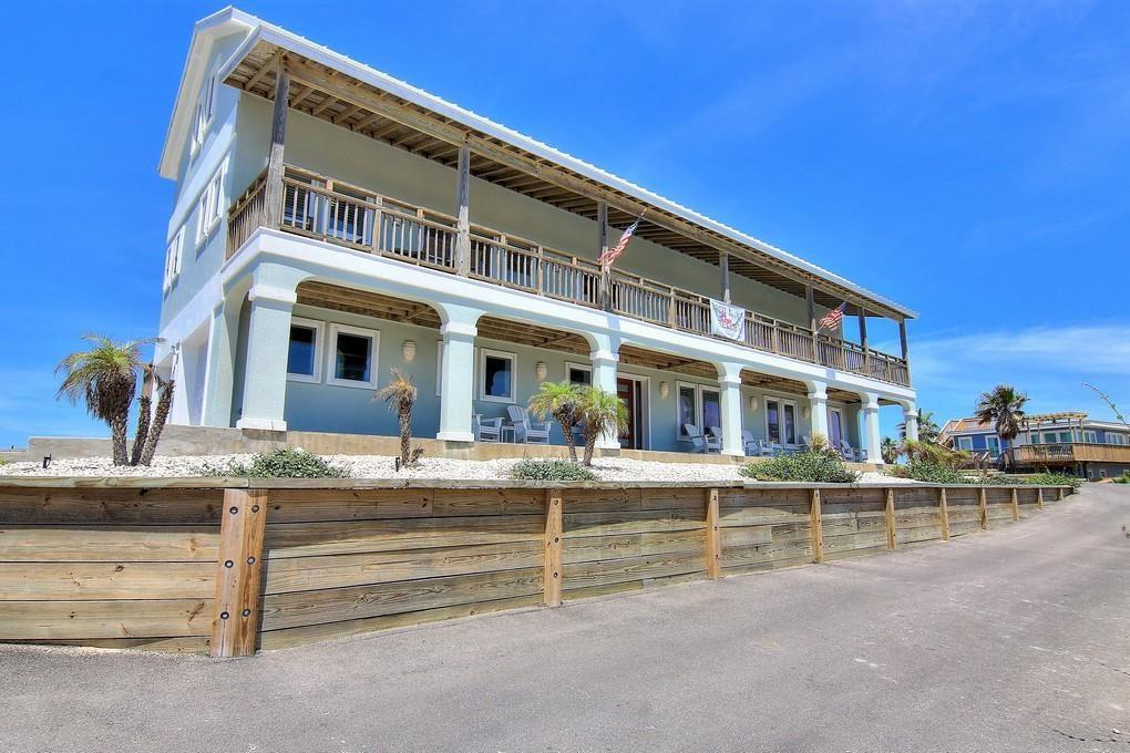 711 Sand Castle Drive Property Photo - Port Aransas, TX real estate listing