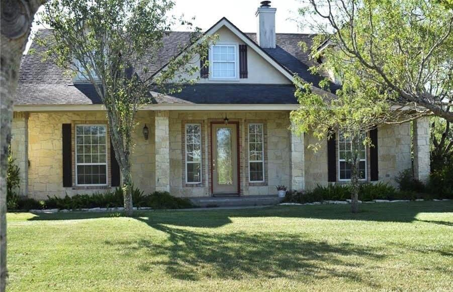 702 Birch Avenue S Property Photo