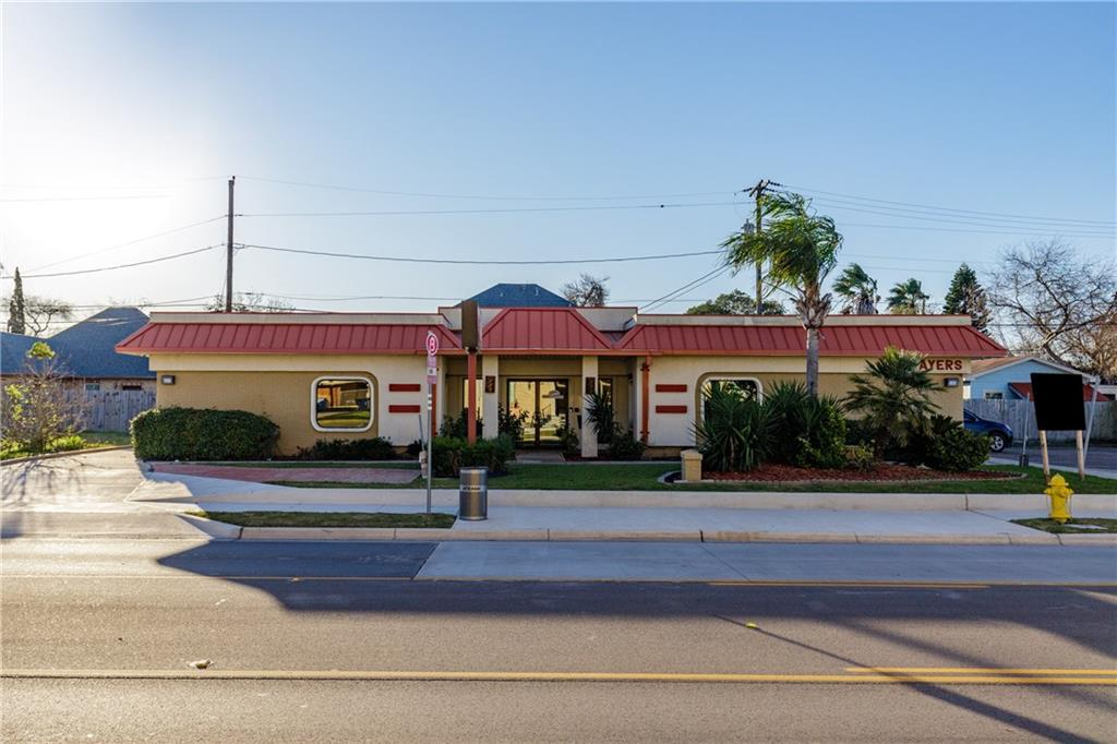 819 Ayers Street Property Photo - Corpus Christi, TX real estate listing