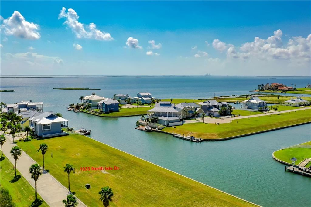 1033 North Isle Drive Property Photo