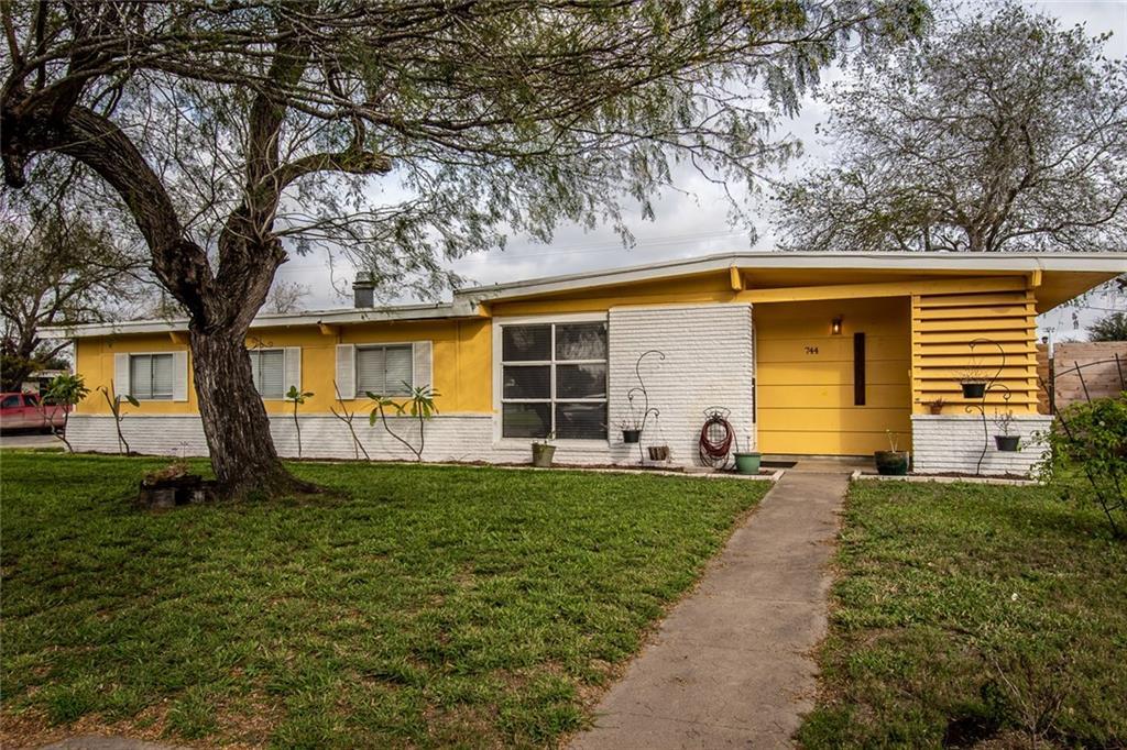 744 Santa Anita Drive Property Photo
