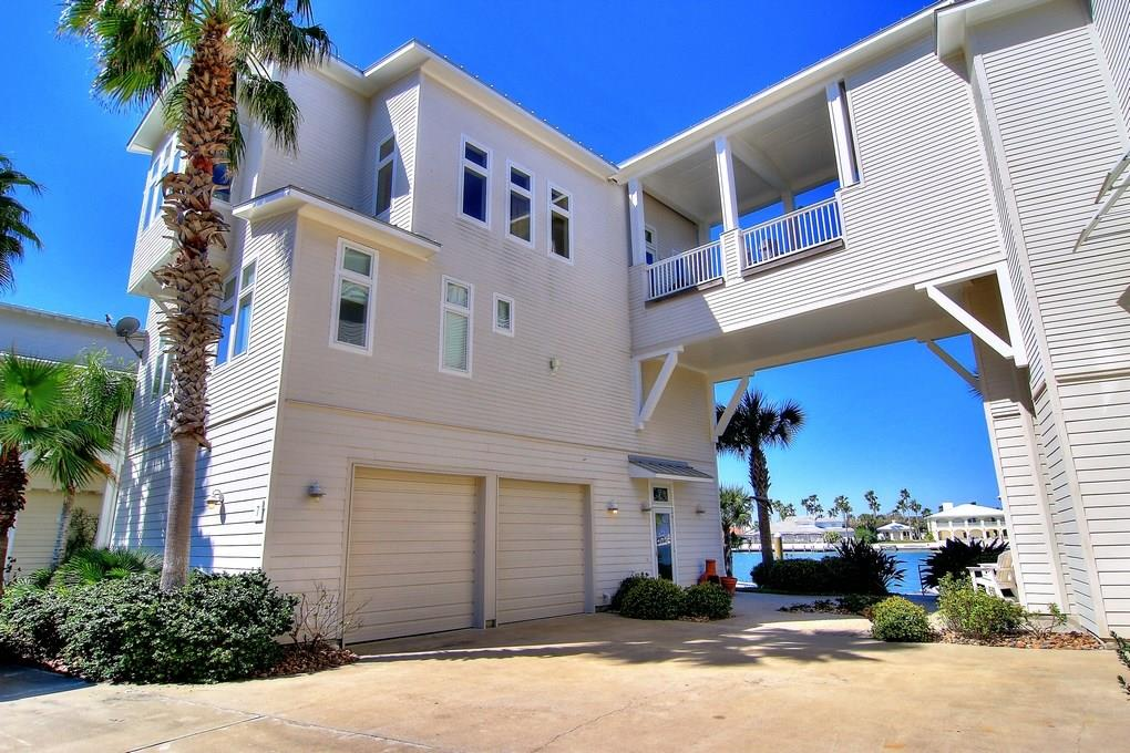 3700 Island Moorings Parkway #7 Property Photo - Port Aransas, TX real estate listing