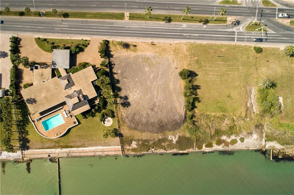 4720 Ocean Drive Property Photo