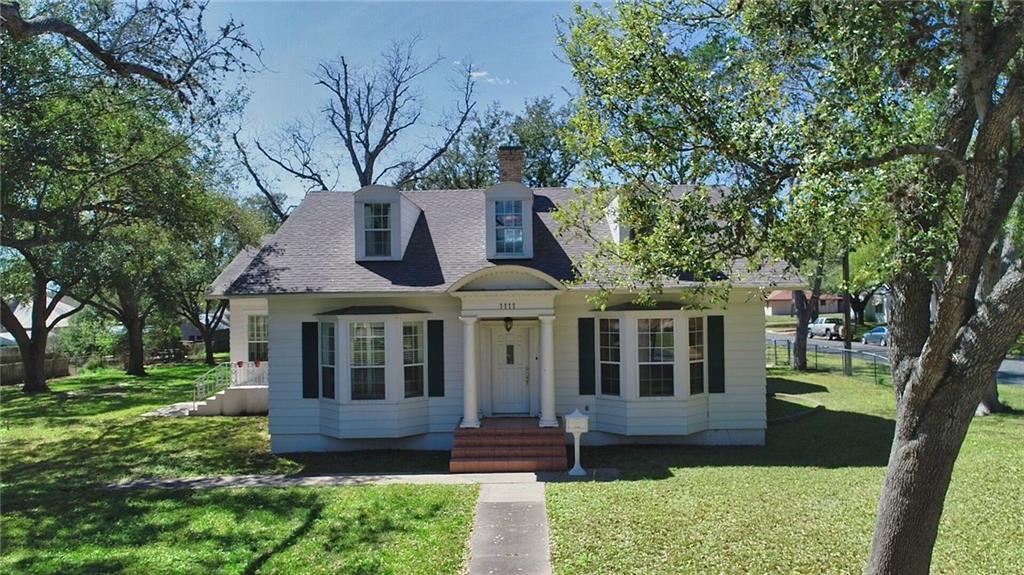 1111 N Adams Street Property Photo