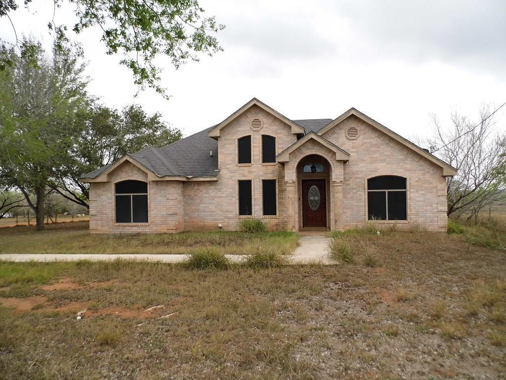 23 Robert Lane Property Photo - Hebbronville, TX real estate listing